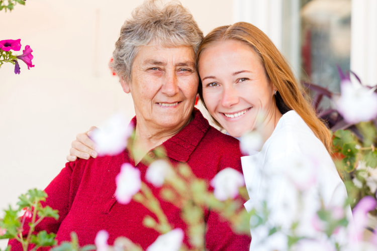 Live Green, Live Well: Benefits of Plants to Seniors